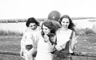 Models: Hannah, Lisa, Larissa