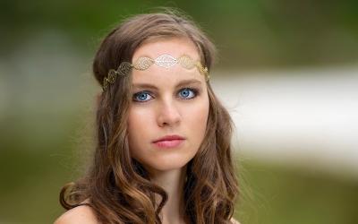 Model: Nina Altenburger